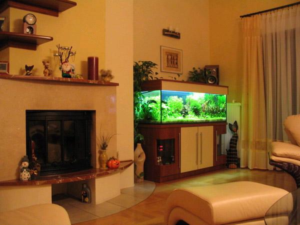 Аквариумы в интерьере квартиры фото