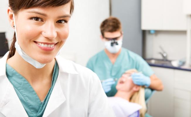 врач – стоматолог