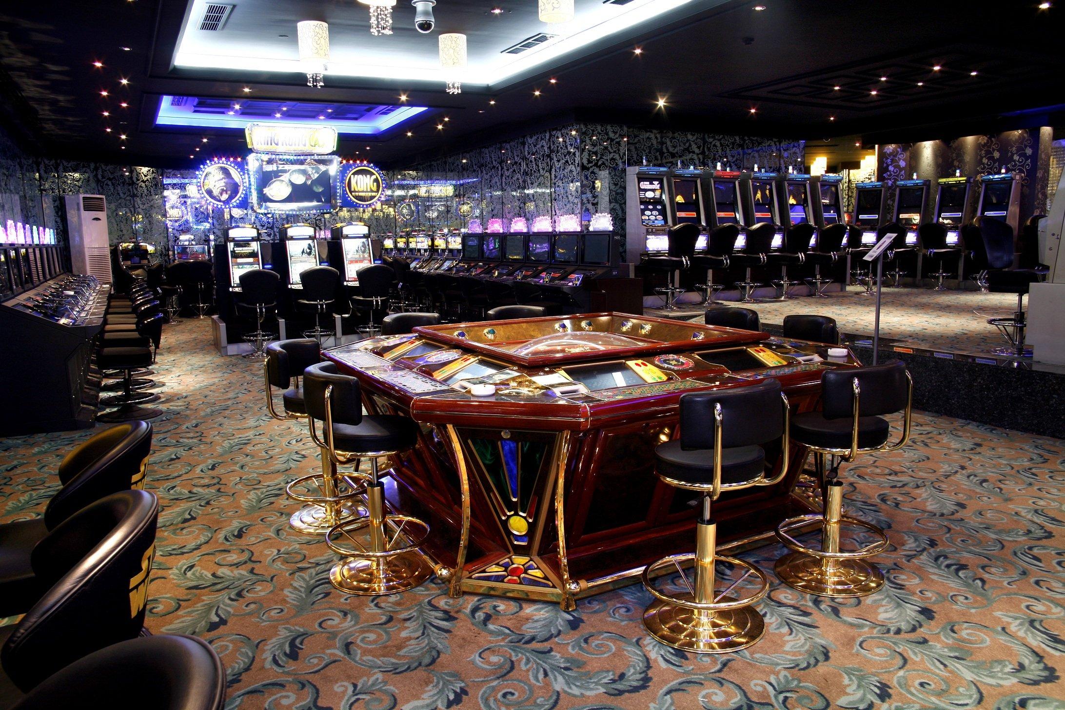 кристалл казино официальный сайт