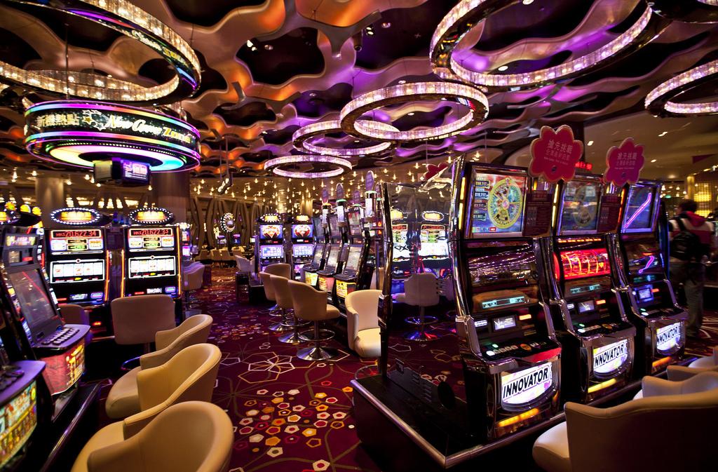 Гта казино рояль скачать через торрент